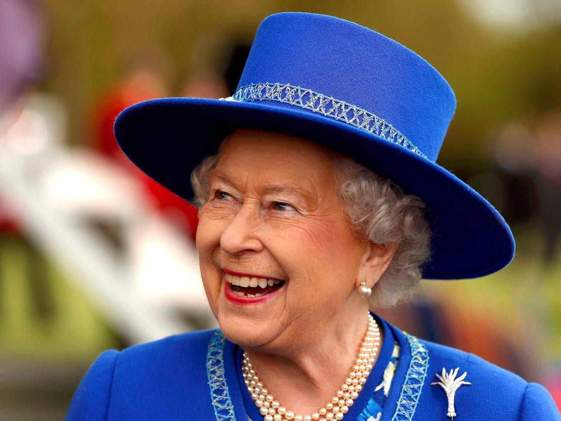Queen Look 14